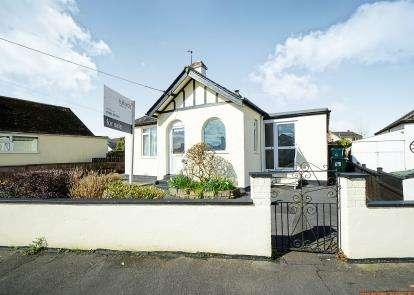 3 Bedrooms Bungalow for sale in Kingsteignton, Newton Abbot, Devon