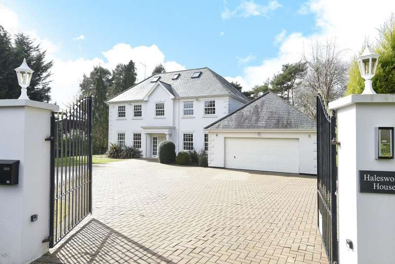 5 Bedrooms Detached House for rent in Gorse Hill Road, Virginia Water, GU25
