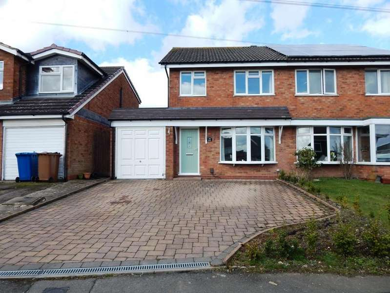 3 Bedrooms Semi Detached House for sale in Kingsdown Road, Chase Terrace, Burntwood WS7