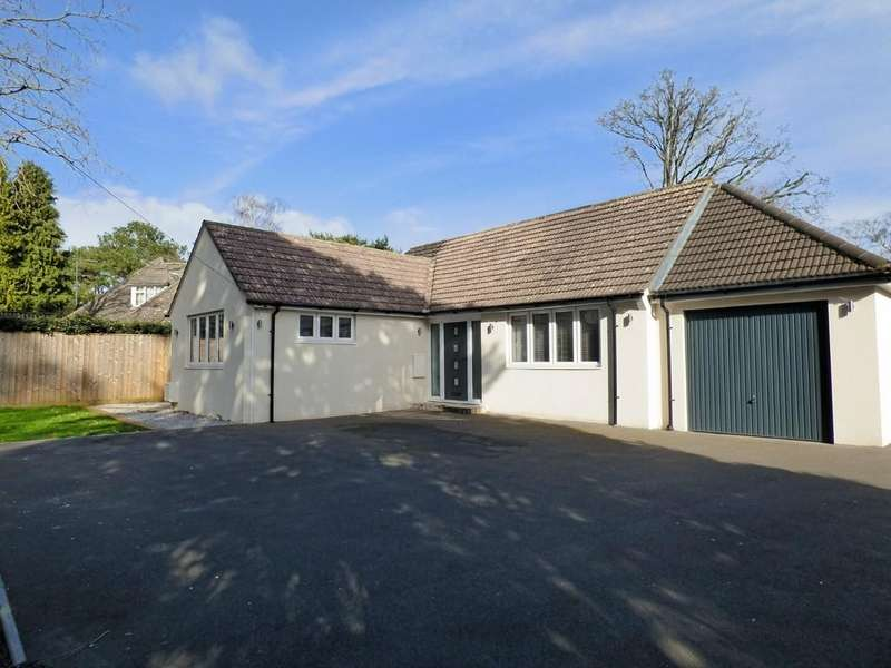 3 Bedrooms Detached Bungalow for sale in York Road, Broadstone