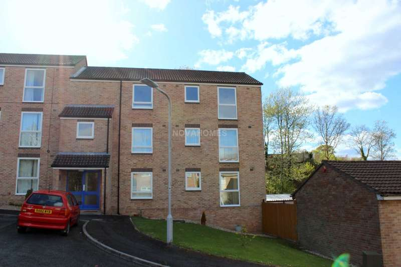 2 Bedrooms Apartment Flat for rent in Dynevor Close, Hartley, PL3 5QN