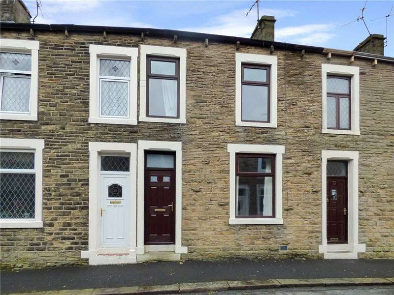 3 Bedrooms Terraced House for sale in Albion Street, Earby, Barnoldswick, Lancashire