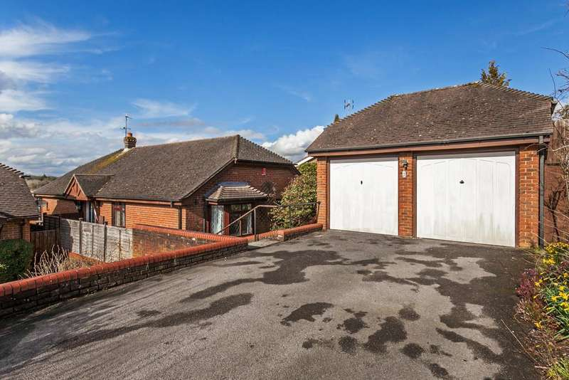 3 Bedrooms Detached Bungalow for sale in Lynn Way, Kings Worthy, Winchester, SO23