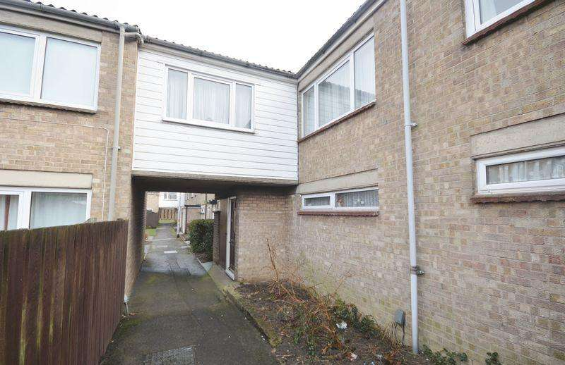 4 Bedrooms Town House for sale in Jura Close, Corby