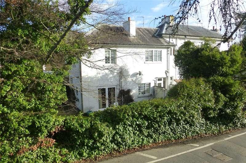 3 Bedrooms Terraced House for sale in Pixholme Court, Pixham Lane, Dorking, Surrey, RH4