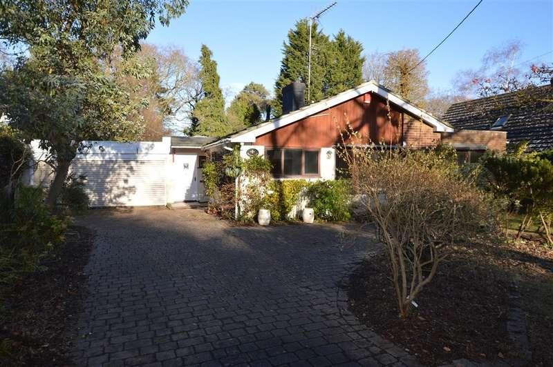 4 Bedrooms Detached Bungalow for sale in Ufton Nervet, Reading, RG7
