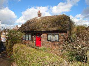 2 Bedrooms Bungalow for sale in St Martins Avenue, Canterbury, Kent