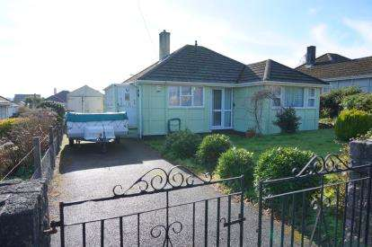 2 Bedrooms Bungalow for sale in Par, St Austell, Cornwall