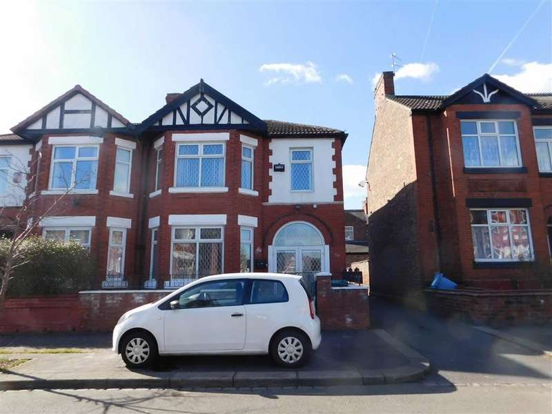 4 Bedrooms Semi Detached House for sale in Scarsdale Road, Manchester