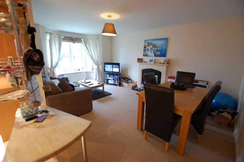 2 Bedrooms Flat for rent in Wycliffe Court, Hoole