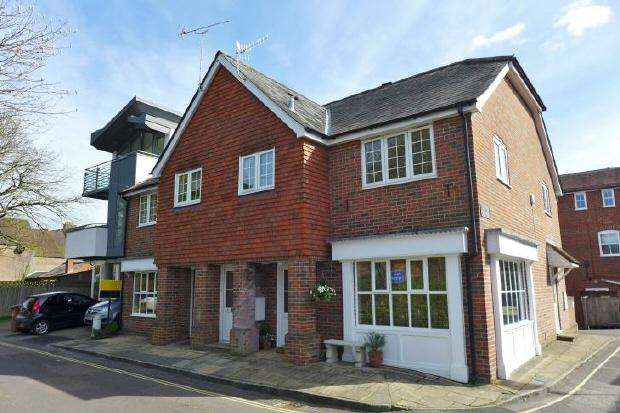 2 Bedrooms Flat for rent in ROMSEY - NEWTON LANE - UNFURNISHED
