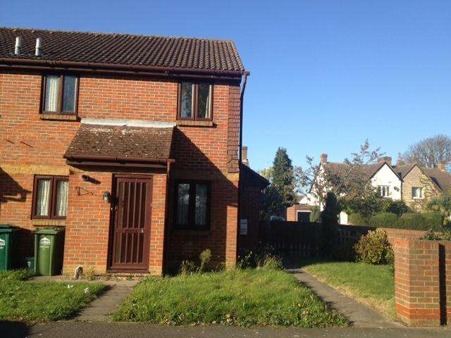 1 Bedroom End Of Terrace House for sale in Dutch Barn Close, Staines TW19