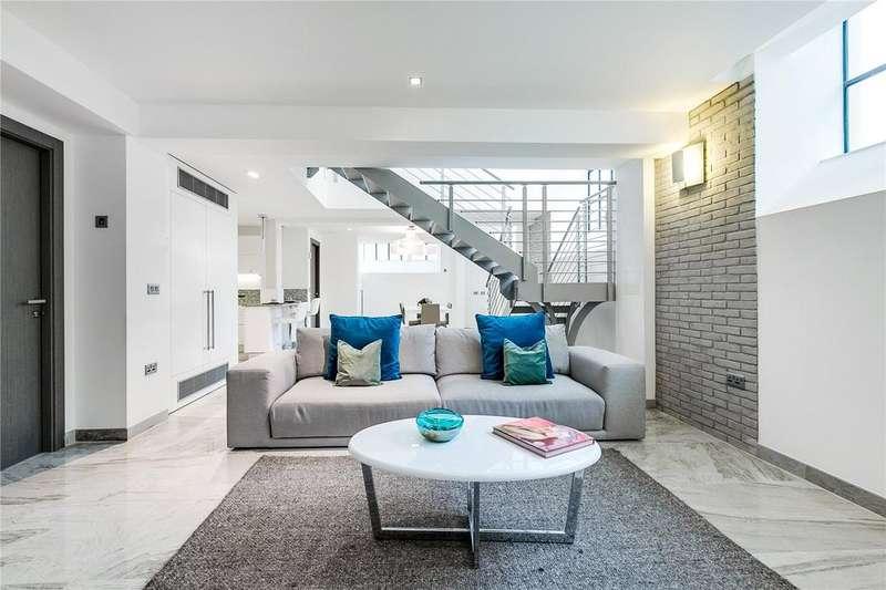 2 Bedrooms Flat for sale in Douglas House, Douglas Street, London