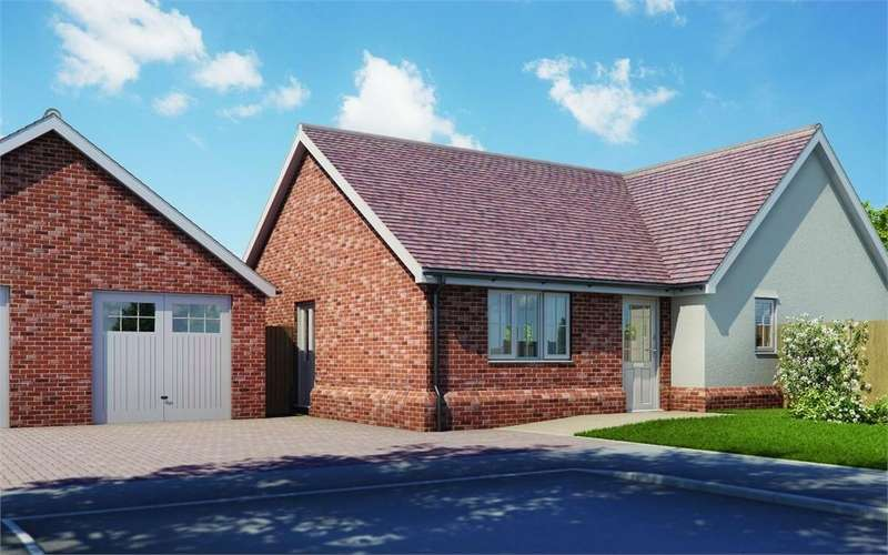 3 Bedrooms Detached Bungalow for sale in Plot 7 'Old Stables', Walton Road, Kirby-le-Soken, Frinton-on-Sea, Essex
