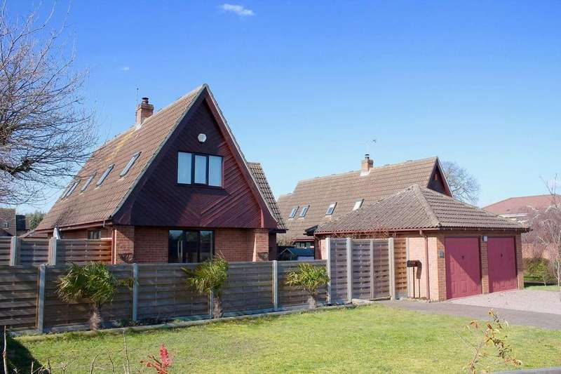 3 Bedrooms Detached House for sale in Aspal Lane, Beck Row