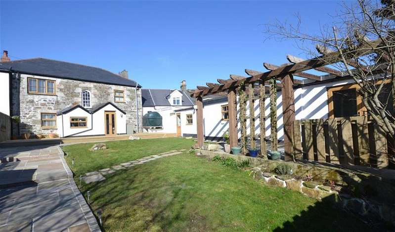 4 Bedrooms Semi Detached House for sale in Townshend, Townshend, Hayle, Cornwall, TR27