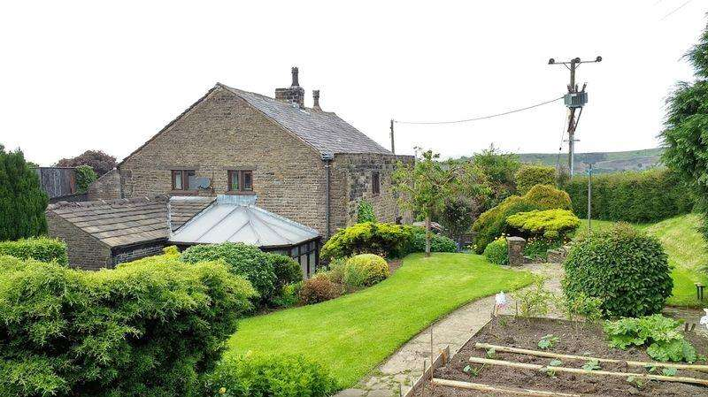 3 Bedrooms Detached House for sale in Cherry Tree Cottage, Haugh, Newhey, Rochdale, OL16 3SZ