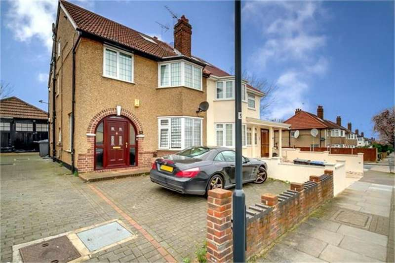4 Bedrooms Semi Detached House for sale in Alder Grove, London