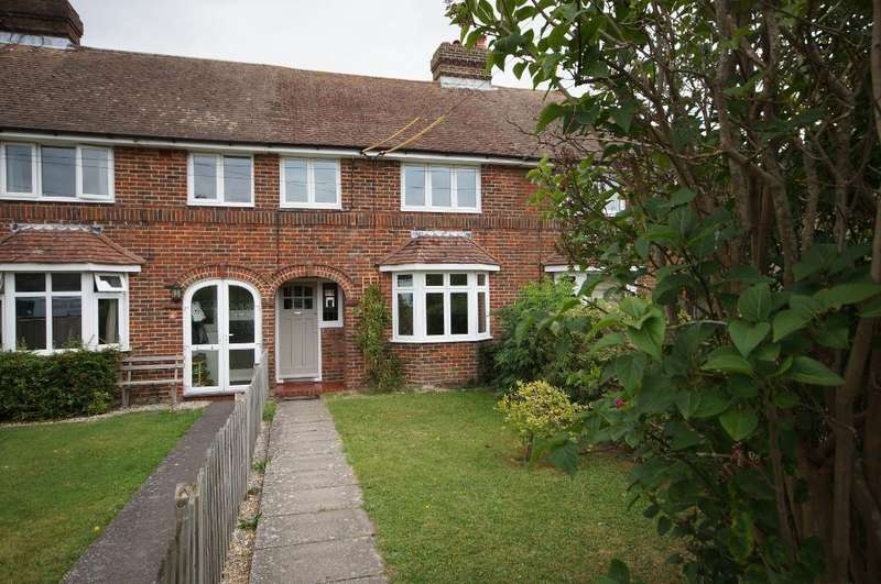 3 Bedrooms Terraced House for rent in Laines Road, Steyning, West Sussex, BN44 3LL