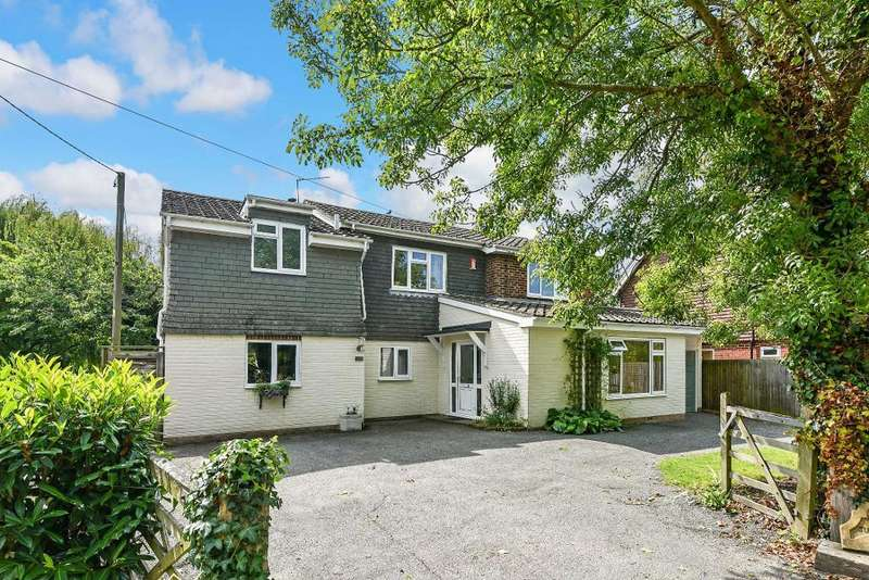 5 Bedrooms Detached House for sale in West End Lane, Henfield, West Sussex, BN5 9RA