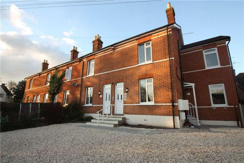 1 Bedroom Apartment Flat for sale in Robin Hood Road, Knaphill, Woking, Surrey, GU21