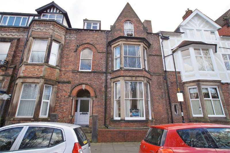 1 Bedroom Flat for sale in CA1 1HE Red Gables, Chatsworth Square, Carlisle, Cumbria
