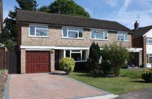 3 Bedrooms Semi Detached House for sale in Wilson Close, Hildenborough, Kent