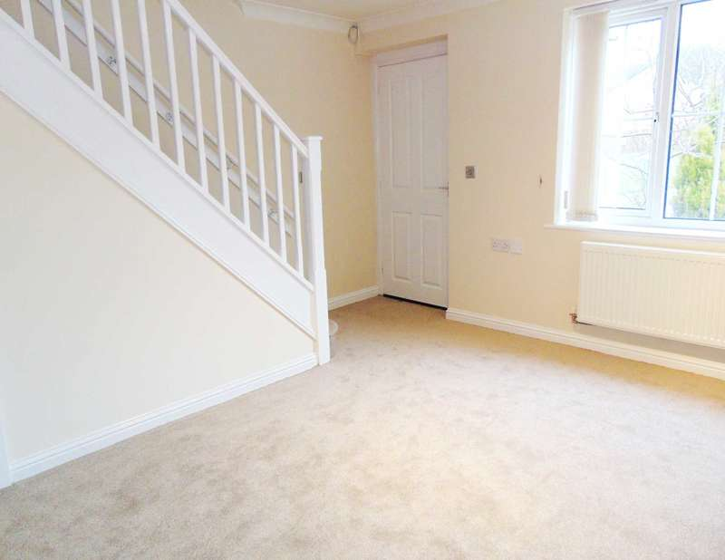 2 Bedrooms Semi Detached House for sale in Shadowbrook Close, Oldham
