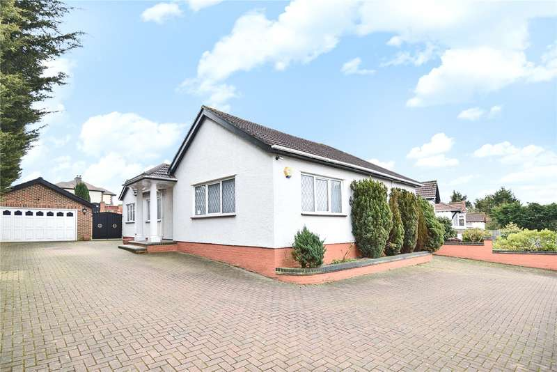 3 Bedrooms Detached Bungalow for sale in Potter Street, Pinner, HA5