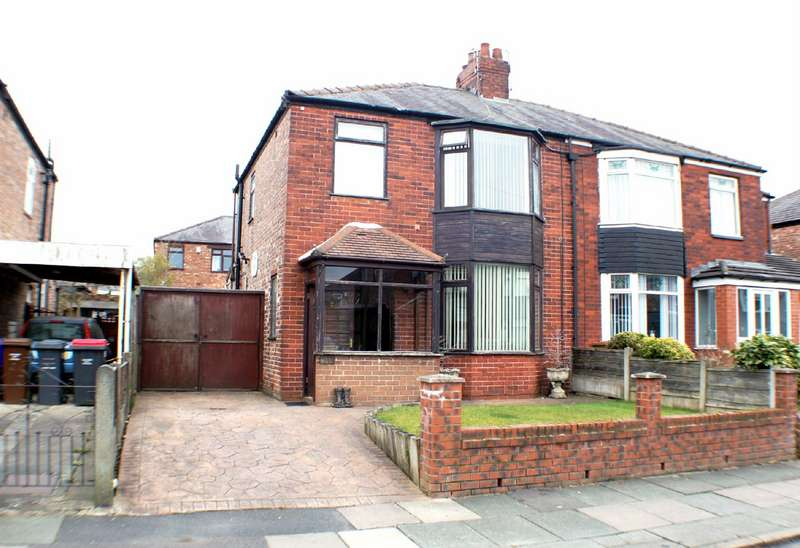 3 Bedrooms Semi Detached House for sale in Odessa Avenue, Salford