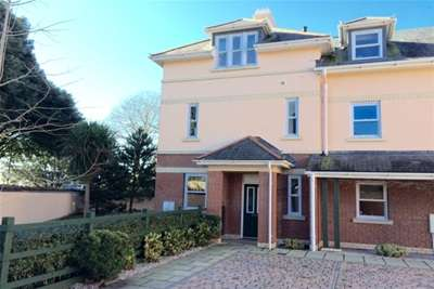 3 Bedrooms End Of Terrace House for rent in Ambassador House, Roundham