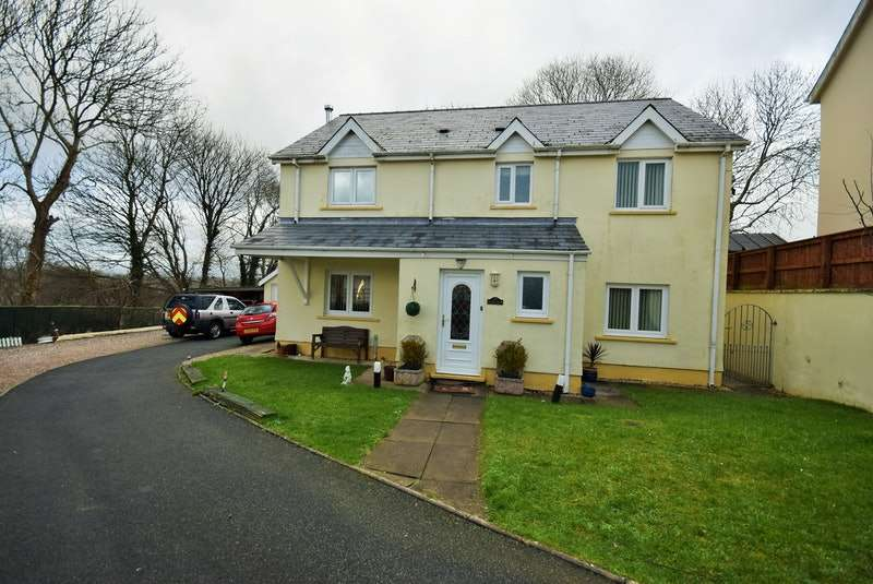 5 Bedrooms Detached House for sale in Tudor Gardens, Haverfordwest, Pembrokeshire, SA61