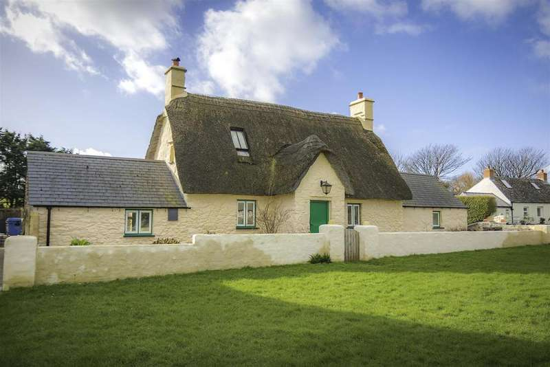 3 Bedrooms Cottage House for sale in The Green, Marloes