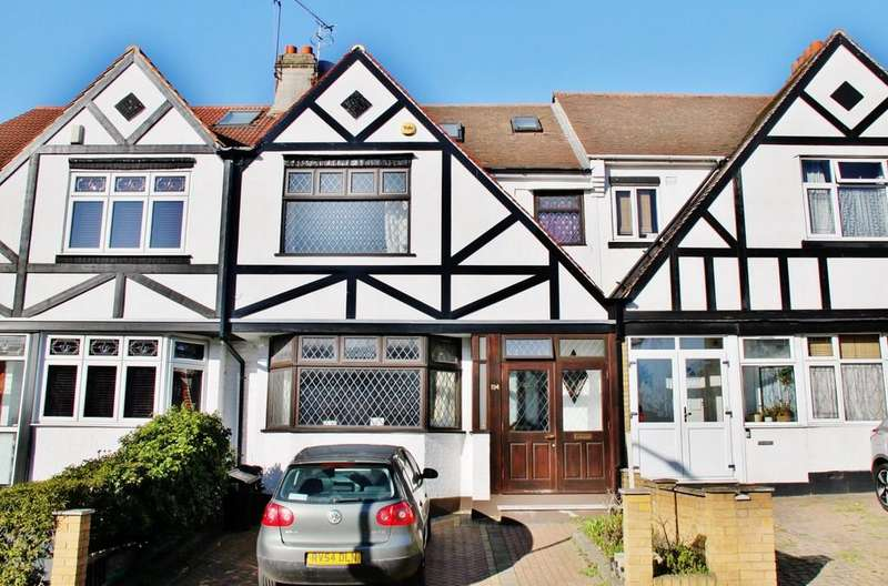4 Bedrooms Terraced House for rent in Wanstead Lane, Ilford