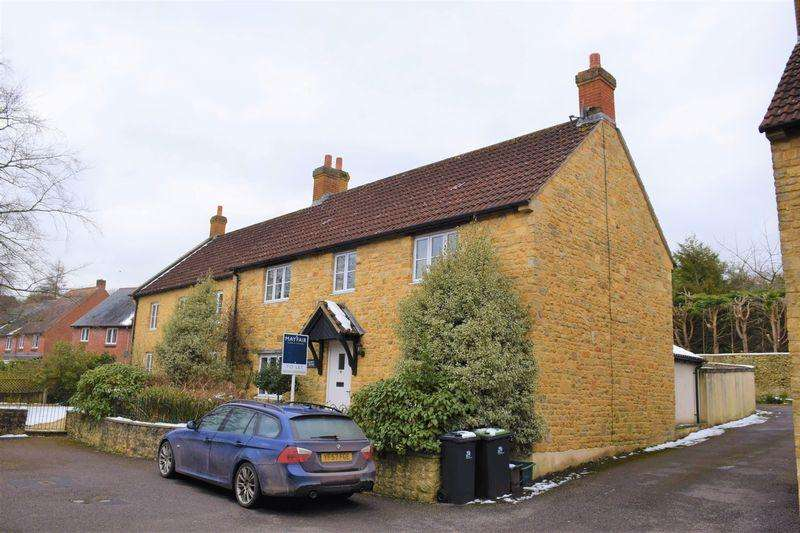 3 Bedrooms Semi Detached House for rent in School House Close, Beaminster