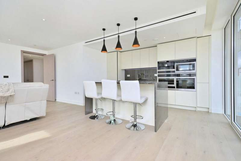 3 Bedrooms Flat for rent in London Dock, Vaughan Way, Wapping, London, E1W