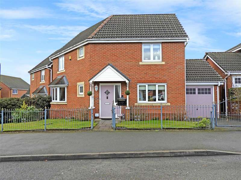 3 Bedrooms Detached House for sale in Thornbury Road, Walsall