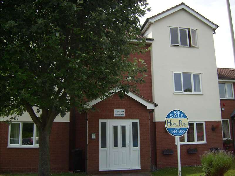 2 Bedrooms Apartment Flat for sale in Foxdale Drive, Brieley Hill
