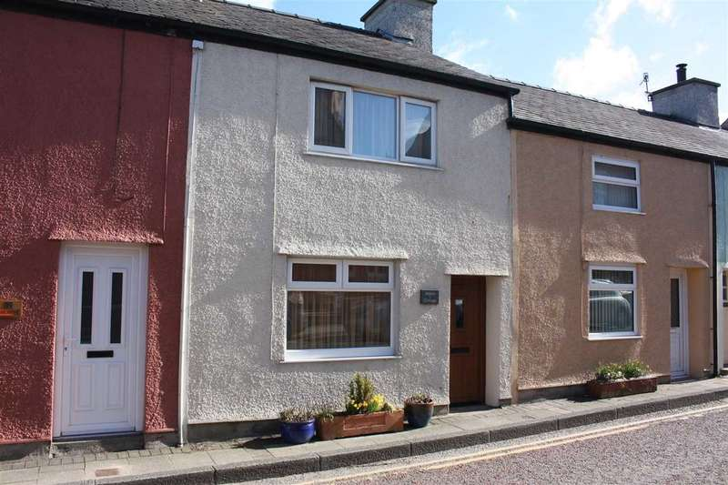 2 Bedrooms Terraced House for sale in Pebble-Cottage, 42 High Street, Cemaes Bay