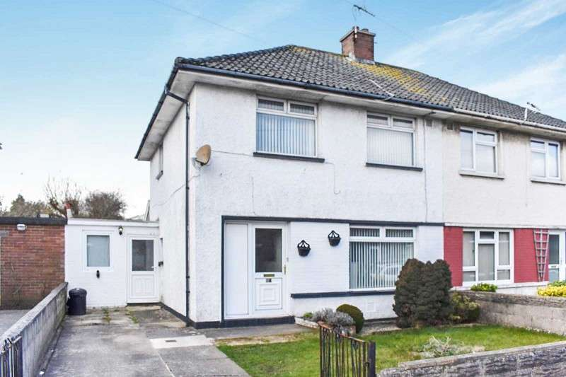 3 Bedrooms Semi Detached House for sale in Heol Fach , North Cornelly, Bridgend. CF33 4LN