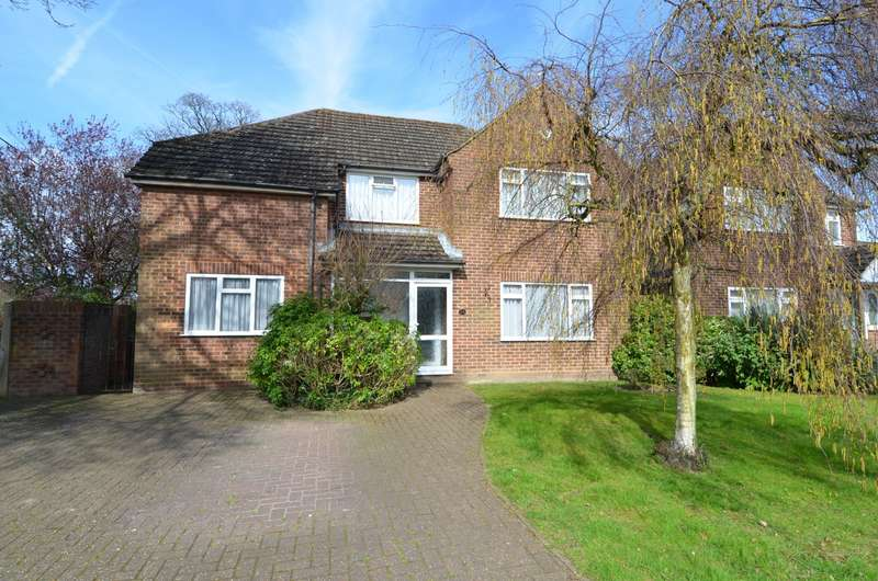 4 Bedrooms Detached House for sale in The Fairway, Flackwell Heath, High Wycombe, HP10
