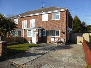 3 Bedrooms Semi Detached House for sale in St. Nicholas Road, Littlestone, New Romney, Kent