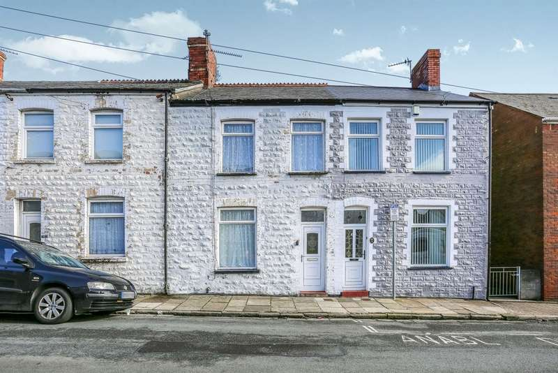 2 Bedrooms Terraced House for sale in Commercial Road, Barry