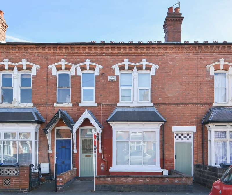 3 Bedrooms Terraced House for sale in Herbert Road, Bearwood, B67