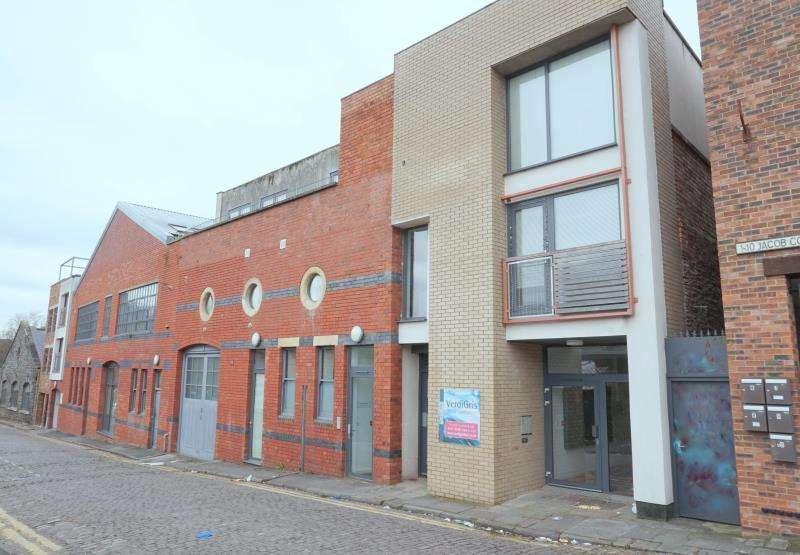 2 Bedrooms Apartment Flat for rent in Verdigris, 114 Jacob Street, Old Market, Bristol, BS2 0AF