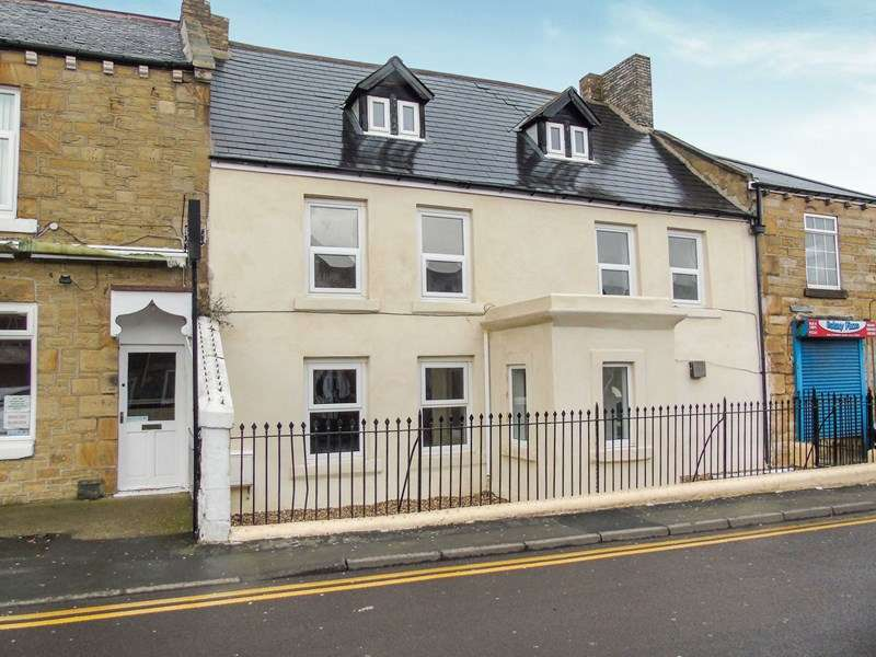 5 Bedrooms Property for sale in Front Street, Winlaton, Blaydon-on-Tyne, Tyne & Wear, NE21 6AE