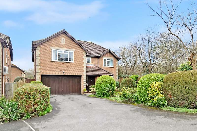 5 Bedrooms Detached House for sale in Holly Gardens, West End, Southampton, Hampshire, SO30 3RU