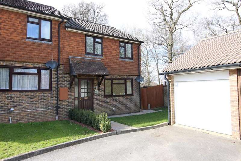 2 Bedrooms End Of Terrace House for sale in Kings Way, Burgess Hill