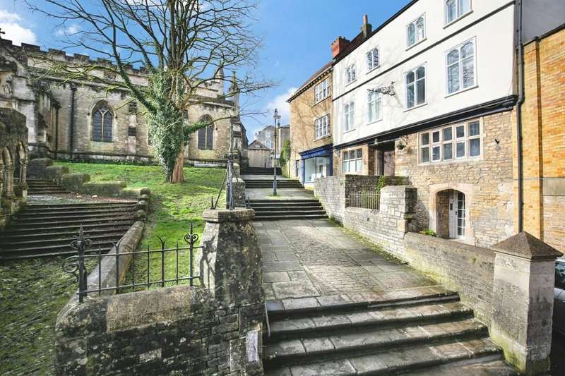 5 Bedrooms Town House for sale in Church Steps, Frome