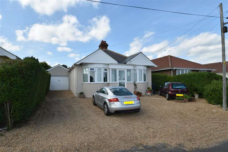 3 Bedrooms Bungalow for sale in Old Dover Road, Capel-Le-Ferne, Folkestone